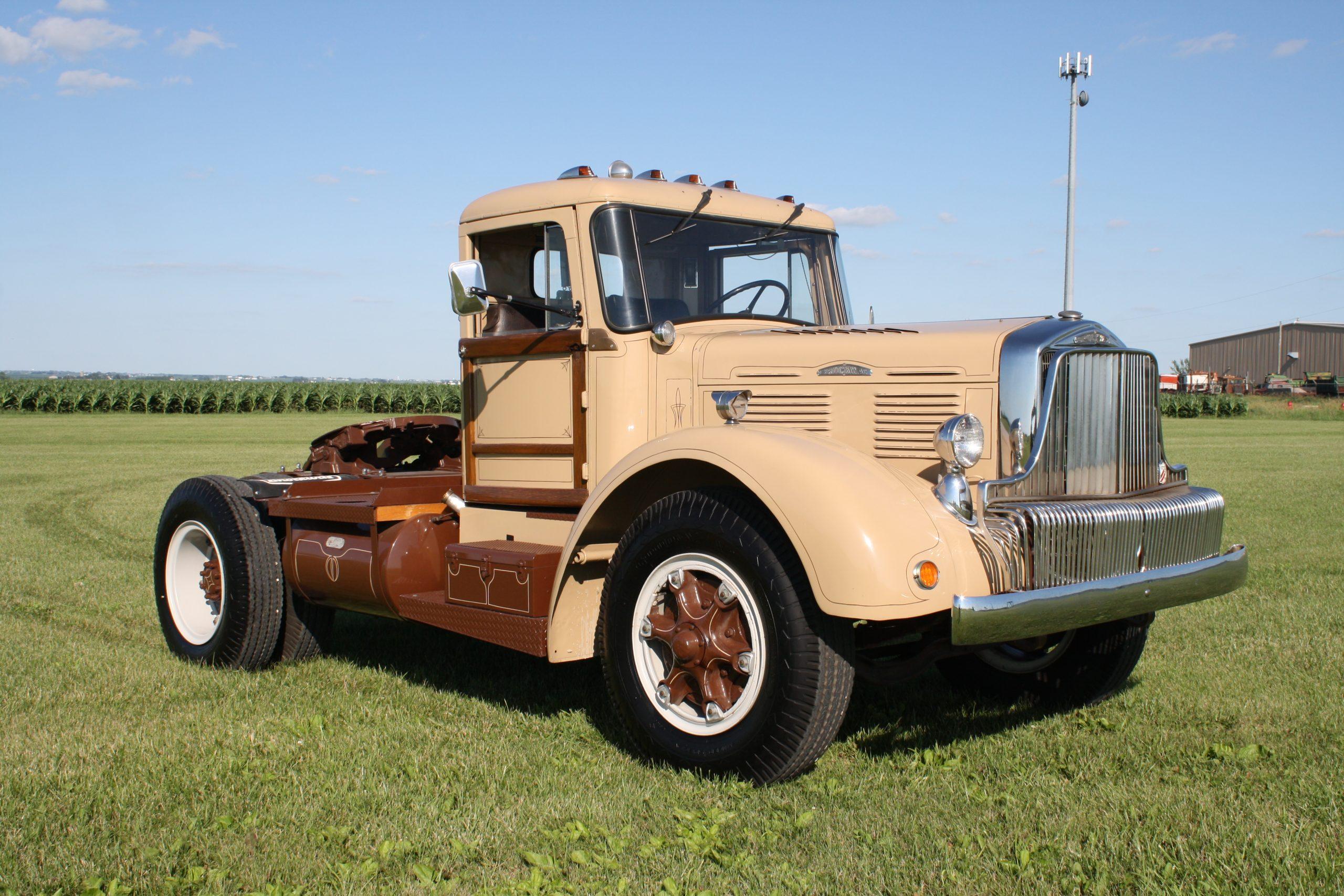 1949 Brockway 260 XW
